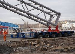W Szczecinie trwa montaż najwyższej suwnicy w Europie !