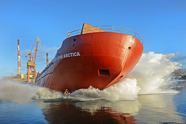 Wodowanie_Arctica  w Remontowej