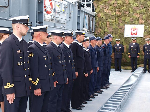 Zmiany dowódców okrętów 8FOW. Foto Arkadiusz Szwajda (2)