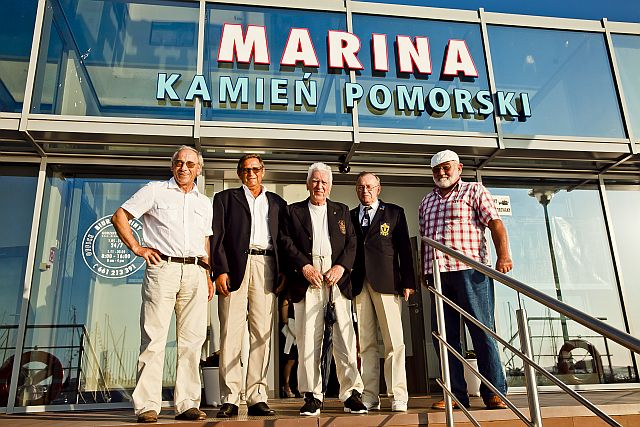uczestnicy rejsu z kapitanem Michalskim Zwem Morza dookoła świata - spotkanie po latach