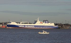 Port_of_Felixstowe_RoRo_Terminal_mv_Brittannia_Seaways