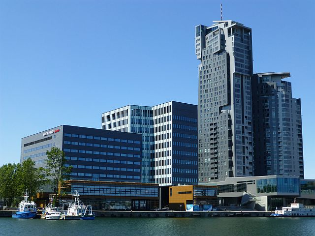 Port Gdynia_Sea_Towers_i_Marriott