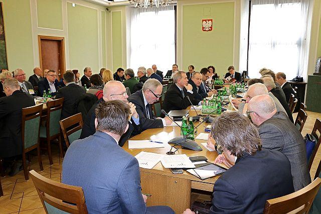 W_sejmowej_Komisji_GMiZS_o_problemach_polskiego_rybolowstwa1