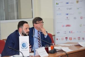 Partnerstwo_publiczno-prywatne_w_rozwoju_zeglugi_srodladowej1_m