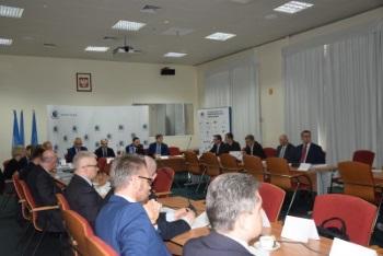 Partnerstwo_publiczno-prywatne_w_rozwoju_zeglugi_srodladowej2_m