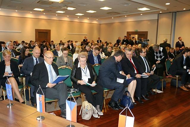 konferencja_tent1